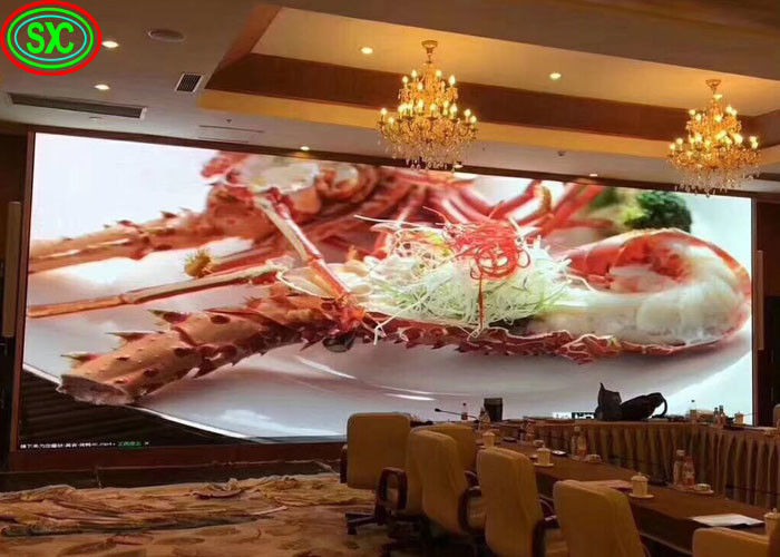 Curved Advertising Indoor Full Color LED Display 3.91mm Pixel Pitch 25W Easy Installation
